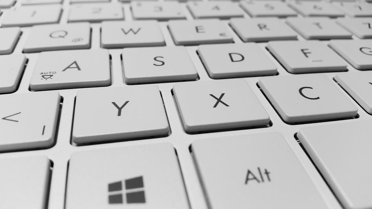 Ako prepnúť klávesnicu na PC? Zmeniť  klávesnicu - jednoduchá skratka